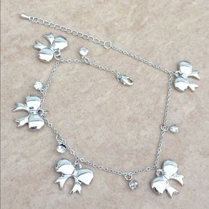 Jewelry - Silver Tone Polished Bows Charm Anklet Ankle